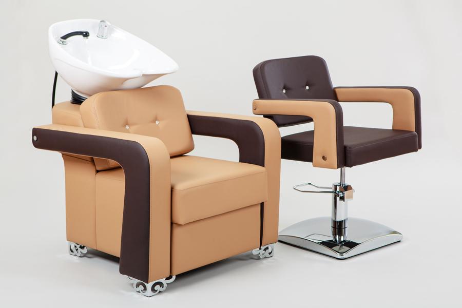 Двухцветное парикмахерское кресло Alto